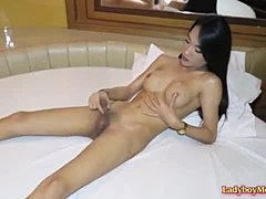Lady-boy Pie interview and Masturbating