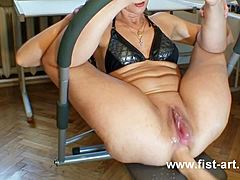 Marcella large fist inserting spoilt and disturbing